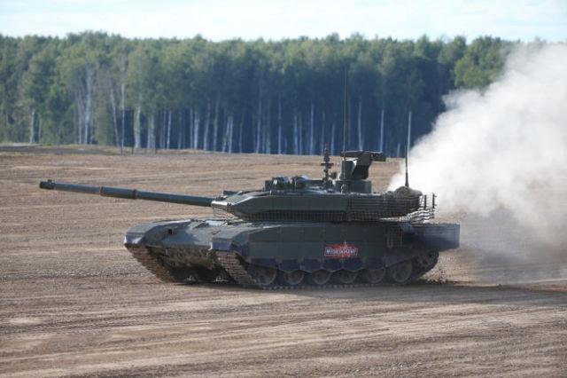 """Танк Т-90М """"Прорыв"""" получил принципиально новую, отличающуюся от базовой версии, башню и более мощный двигатель."""