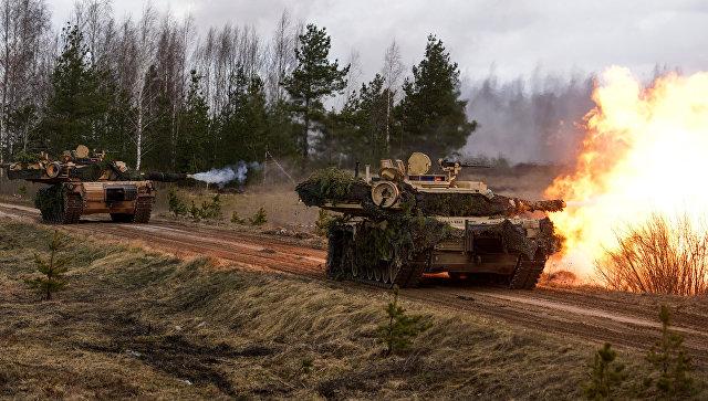 Танки M1 Abrams.