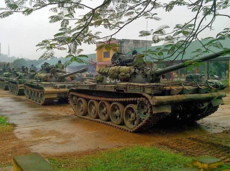 Танки Т-54/55 вьетнамской армии.