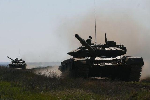 Танки Т-90.