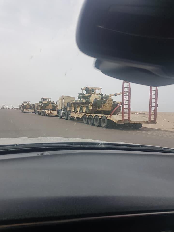 Первые доставленные в Ирак танки Т-90С российского производства, 15.02.2018.