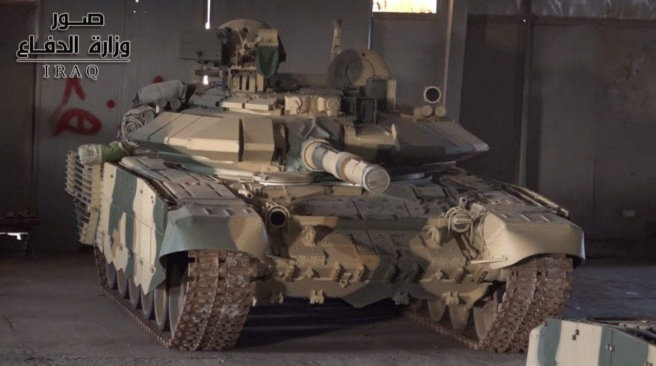 Танки Т-90С в составе 35-й бригады 9-й бронетанковой дивизии иракской армии, 05.06.2018.