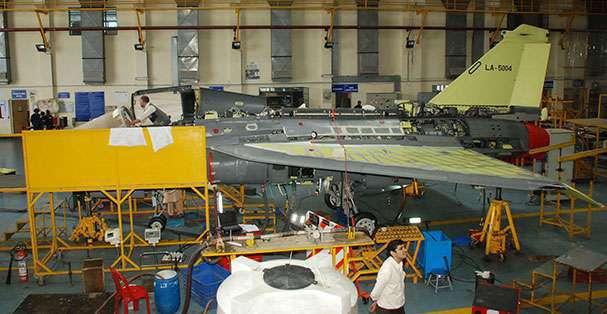 Истребитель Tejas SP-4.
