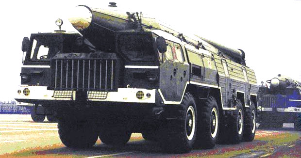 Мобильный оперативно-тактический ракетный комплекс фронтового подчинения Темп-С (9К76, SS-12/SS-22 Scaleboard)