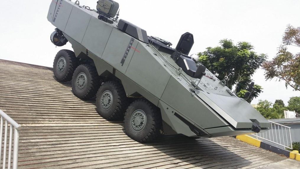 Опытный образец сингапурского бронетранспортера Singapore Technologies Kinetics Terrex 2.