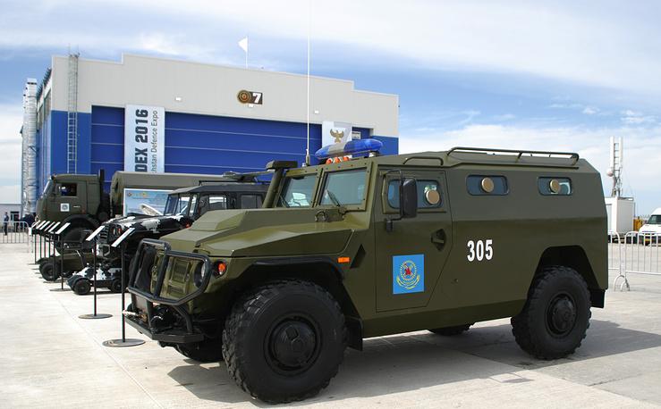 """Специальная полицейская машина ГАЗ-233036 СПМ-2 """"Тигр"""""""