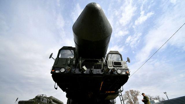 "Транспортно-пусковой контейнер комплекса РС-24 ""Ярс"""