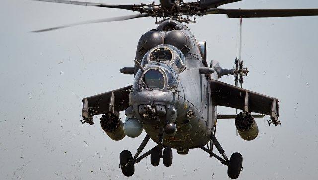 Транспортно-боевой вертолет Ми-35М. Архивное фото.