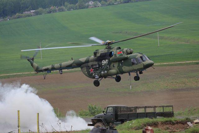 """Транспортно-боевой вертолет Ми-8МТВ-5-1 с бортовым комплексом обороны """"Витебск"""""""