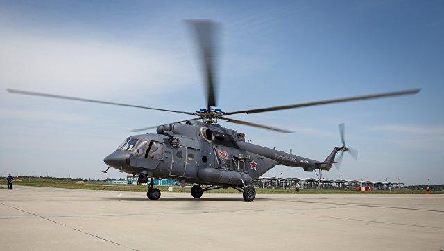 Транспортно-штурмовой вертолет Ми-8АМТШ. Архивное фото.