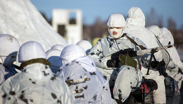 Тренировка курсантов Арктического подразделения. Архивное фото