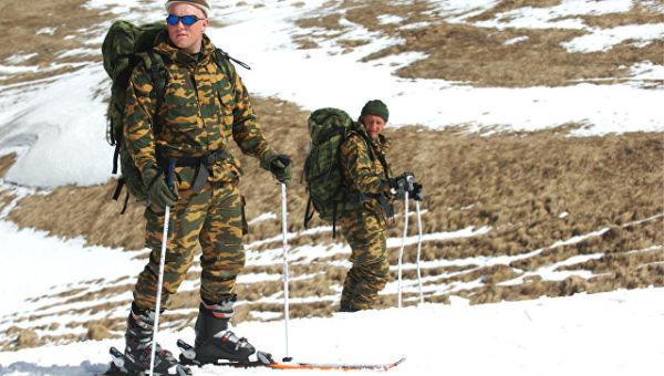 Тренировка разведчиков в горной местности. Архивное фото