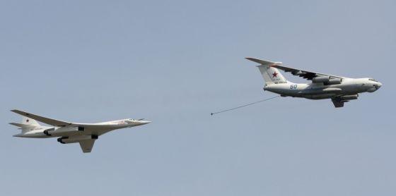 Самолеты Ту-160М1 и Ил-78М