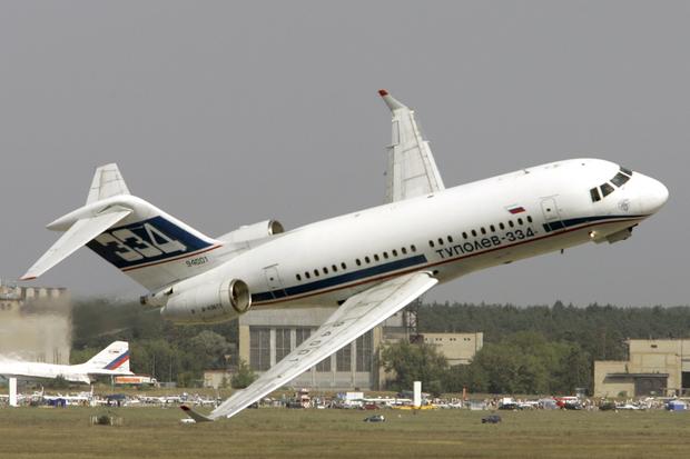 Самолет Ту-334.