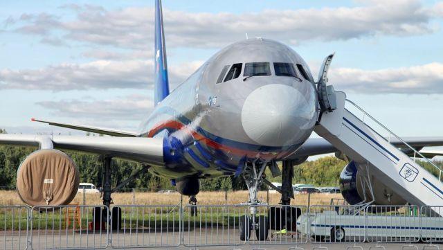 """Ту-214ОН (""""Открытое небо"""") — самолет авиационного наблюдения, созданный специально для выполнения полетов в рамках Договора по открытому небу над территориями стран — участниц договора"""