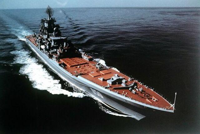 """Тяжелый атомный ракетный крейсер """"Адмирал Лазарев"""""""