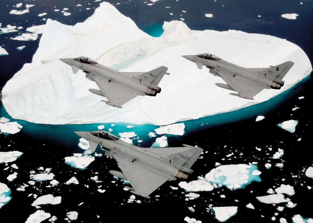 Истребители Typhoon над Исландией.