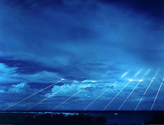 """МБР LGM-118A """"Peacekeeper"""", - вход боеголовок в атмосферу."""