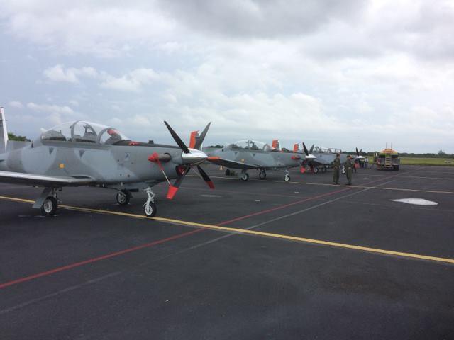 Первые четыре полученные ВВС Аргентины турбовинтовых учебно-боевых самолета Beechraft Т-6С+ Texan II. Уичита, 28.09.2017.
