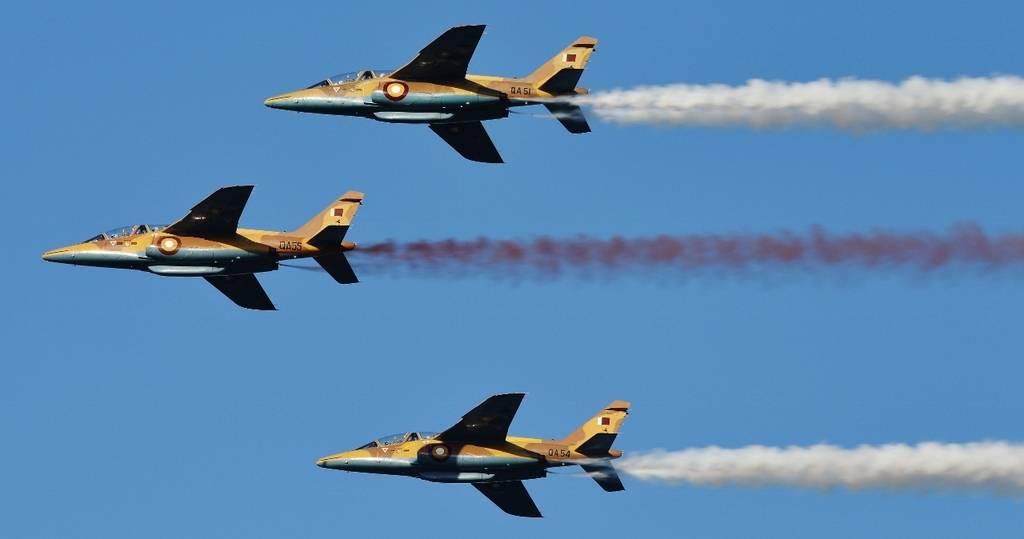 Учебно-боевые самолеты Alpha Jet E ВВС Катара во время репетиции военного парада 11.12.2017. На замену шести самолетам Alpha Jet E Катар заказал девять учебно-боевых самолетов ВАЕ Systems Hawk AJT.