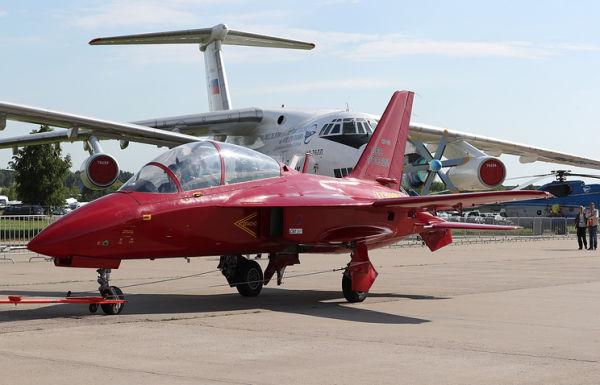 Учебно-тренировочный самолет СР-10