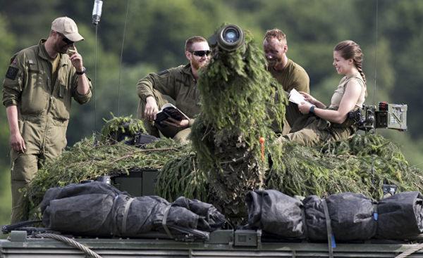 Учения НАТО Iron Wolf 2017