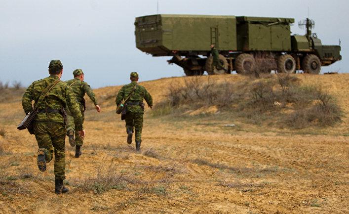 Военные учения войск ПВО на полигоне Ашулук.