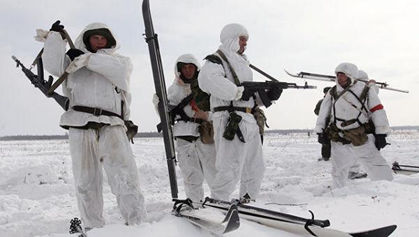 Учения Воздушно-десантных войск (ВДВ). Архивное фото