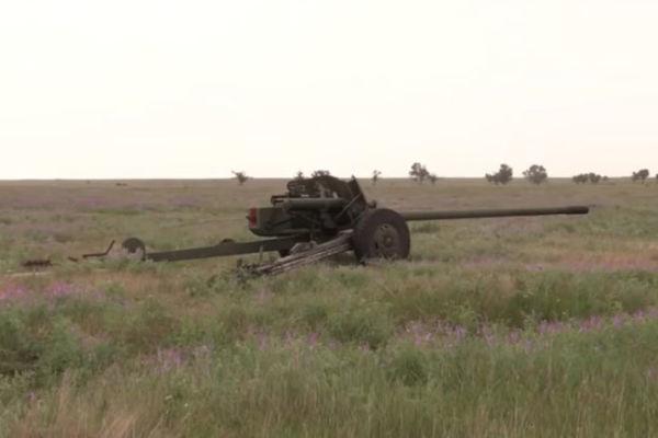 "Пушка МТ-12 ""Рапира"""