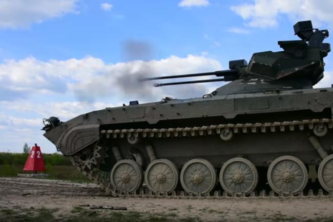 """Украинский боевой модуль """"Дуплет"""", установленный на БМП-2."""