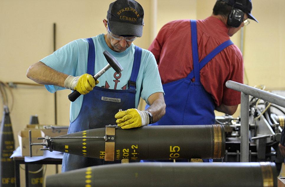 Уничтожение кассетных боеприпасов на заводе в Германии.