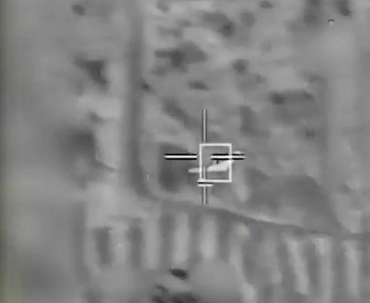 Уничтожение грузовика на территории Сирии, принятого ВВС Израиля за подвижный пункт управления БПЛА.