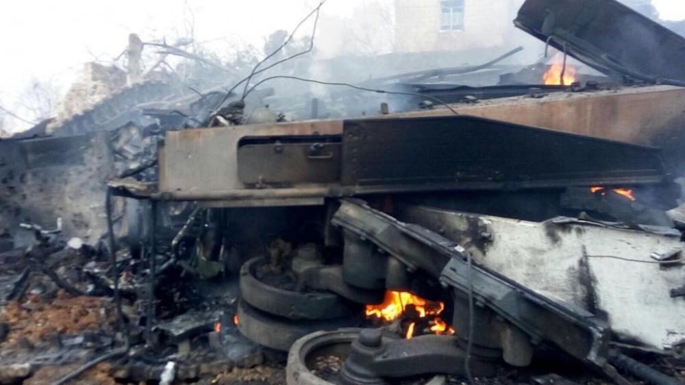 Уничтоженный расчетом ПТРК сирийских курдов танк Leopard 2A4 турецкой армии близ селения Хефтар в районе Билбин близ Африна (Сирия), 03.02.2018.