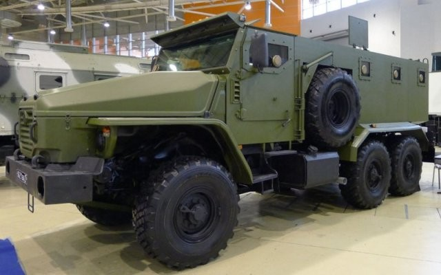Бронированный автомобиль «Урал-ВВ» для Росгвардии на шасси «Урал-4320».