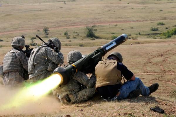 Стрельба ПТРК Javelin на индийско-американских учениях, октябрь 2009 г.