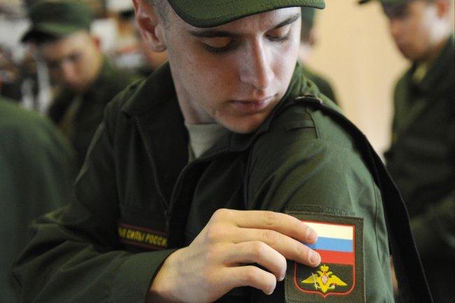 В Петербурге из-за коронавируса приостановлен военный призыв