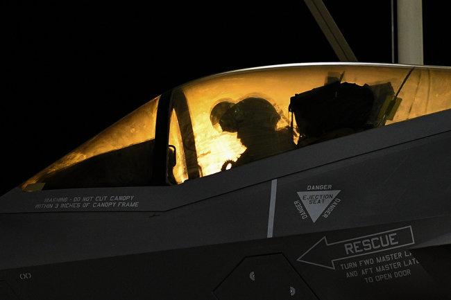 В США испытали прототип истребителя нового поколения