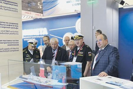 В перспективе у отечественного флота может появиться и атомный многоцелевой авианосец. Фото с сайта www.krylov-centre.ru