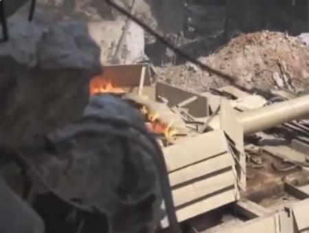 Танк Т-72М1 с усиленной защитой.