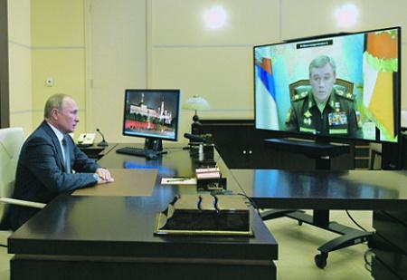 Валерий Герасимов доложил Владимиру Путину об успешных испытаниях нового оружия. Фото Reuters