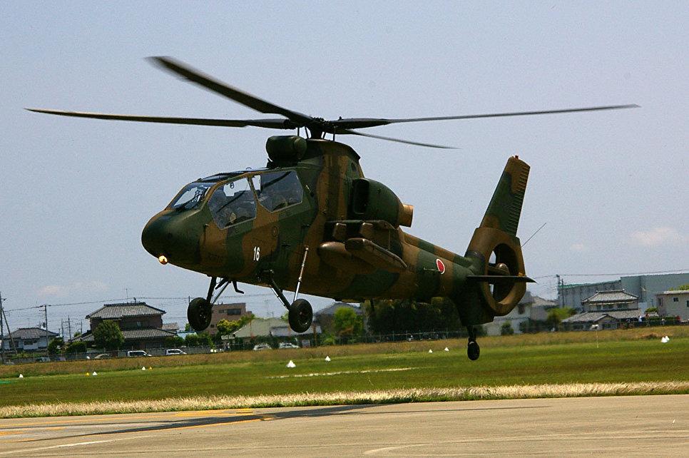 Вертолет OH-1 Ninja Сухопутных сил самообороны Японии, 2012 год.