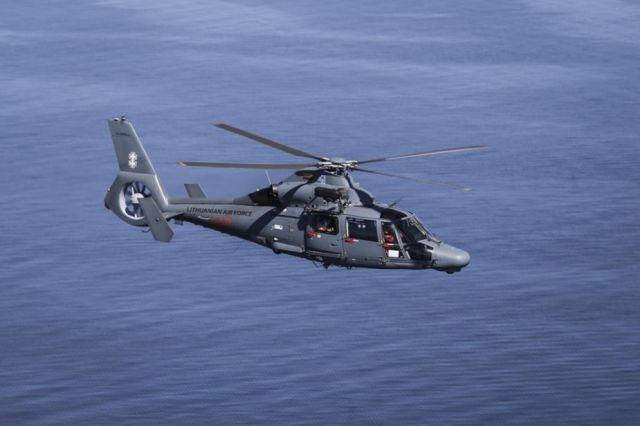 Вертолет AS365 N3+ Dauphin SAR ВВС Литвы