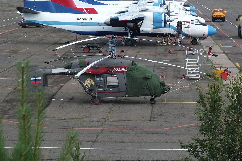 Первый вертолет Ка-226Т (регистрационный номер RF-17633), полученный Федеральной службой Войск Национальной гвардии Российской Федерации. Черемшанка (Коасноярский край), июнь 2018 года.