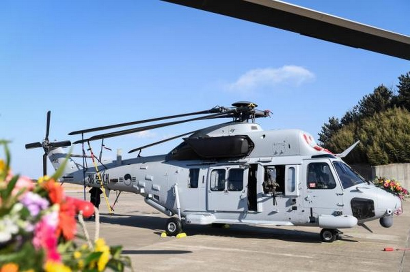 Один из двух первых полученных морской пехотой Южной Кореи транспортных вертолетов национального производства KAI MUH-1. Пхохан, 10.01.2018.