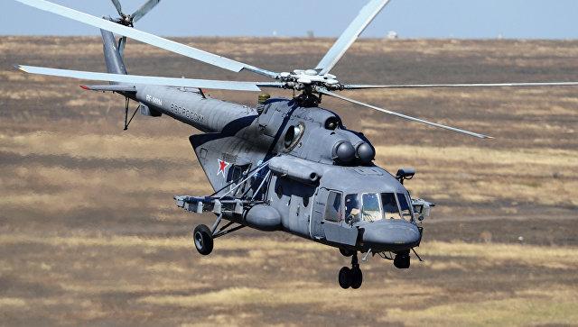 Вертолет Ми-8АМТШ над полигоном Кадамовский. Архивное фото.