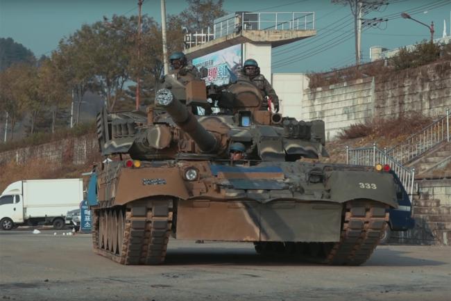 Танк Т-80У ВС Южной Кореи.