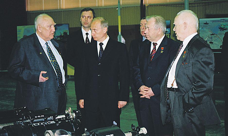 Во время визита Владимира Путина в КБП.