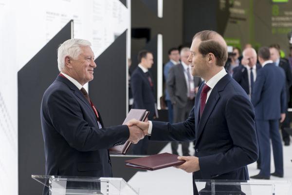 Владимир Лебедев и Денис Мантуров