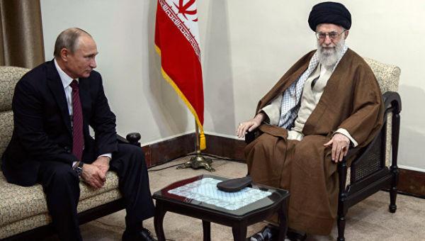 Владимир Путин и верховный руководитель Исламской Республики Иран Сайед Али Хаменеи во время встречи в Тегеране. 1 ноября 2017