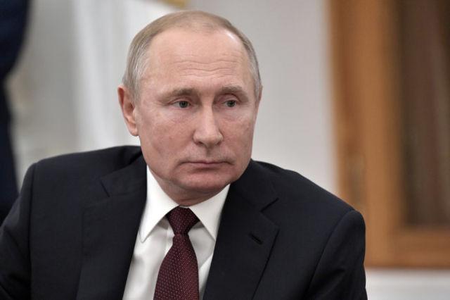 Владимир Путин во время встречи с представителями российских информационных агентств и печатных средств массовой информации.